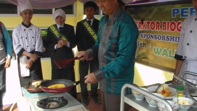 walkot sukabumi sdg masak menggunakan biogas